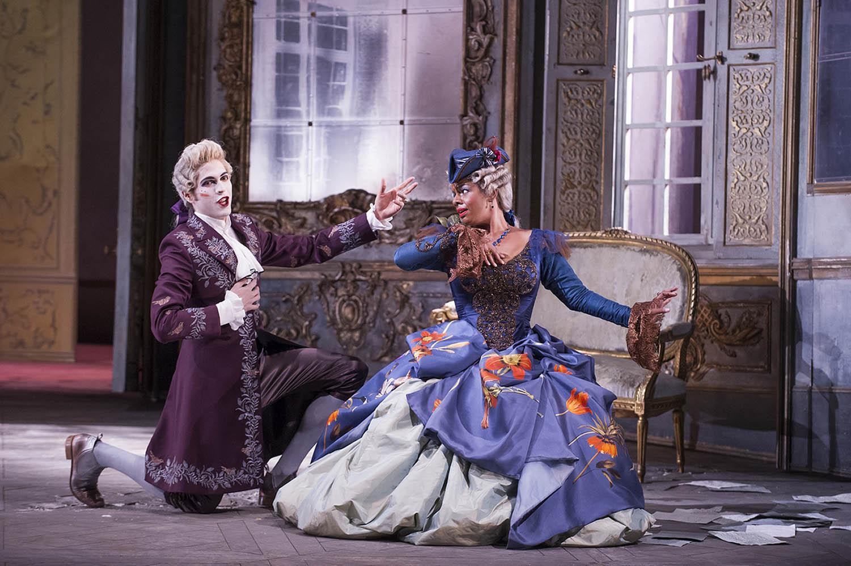 A scene from La Finta Giardiniera by Mozart @ Glyndebourne. (Opening 28-06-14) ©Tristram Kenton 06/14 (3 Raveley Street, LONDON NW5 2HX TEL 0207 267 5550  Mob 07973 617 355)email: tristram@tristramkenton.com
